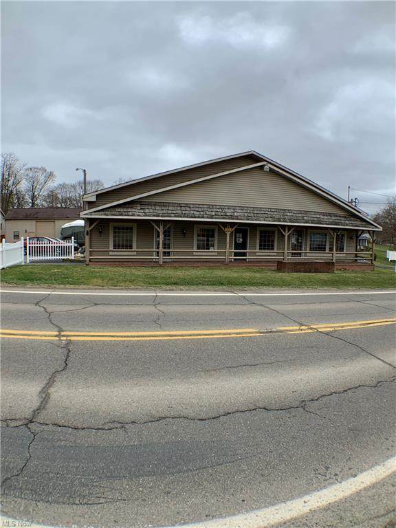 16351 State Route 267, East Liverpool, OH 43920 (MLS #4266381) :: Keller Williams Legacy Group Realty
