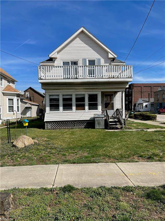 93 8th Street NW, Barberton, OH 44203 (MLS #4266490) :: Keller Williams Legacy Group Realty