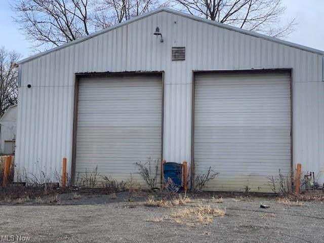 1737 Salt Springs Rd, Weathersfield, OH 44440 (MLS #4267029) :: Select Properties Realty