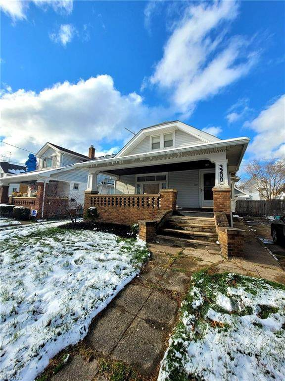 3200 Oak Park Avenue, Cleveland, OH 44109 (MLS #4267139) :: RE/MAX Trends Realty