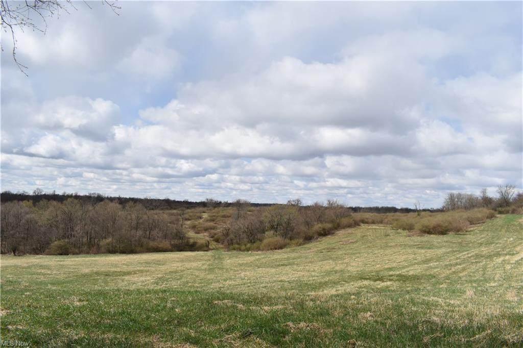 1320 Township Road 242 - Photo 1