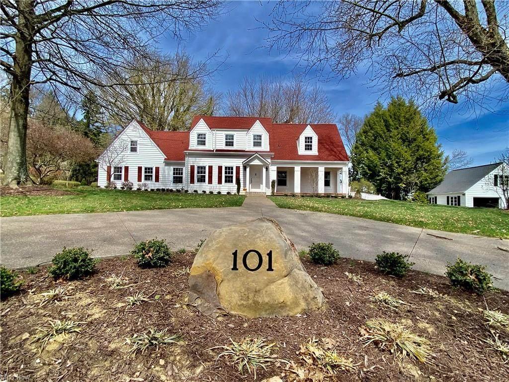 101 Walnut Avenue - Photo 1
