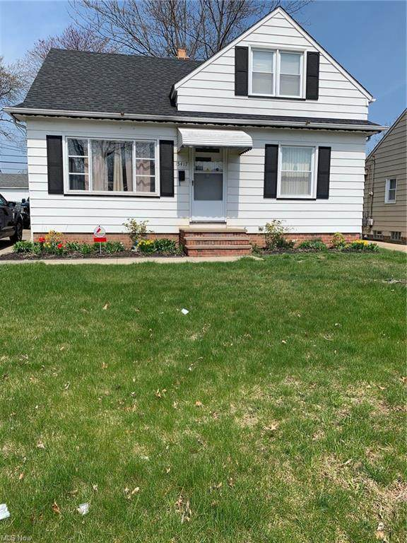 15417 Northwood, Maple Heights, OH 44137 (MLS #4268620) :: The Holden Agency