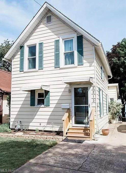 2213 E Erie Avenue, Lorain, OH 44052 (MLS #4268805) :: RE/MAX Trends Realty