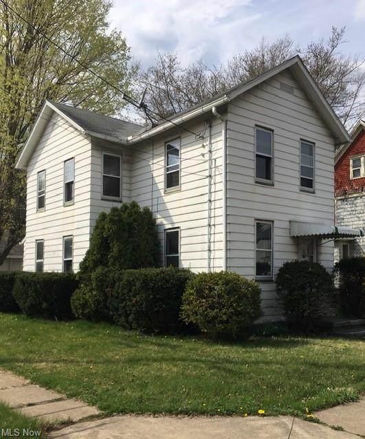 819 S Chapel Street, Louisville, OH 44641 (MLS #4268988) :: Keller Williams Legacy Group Realty