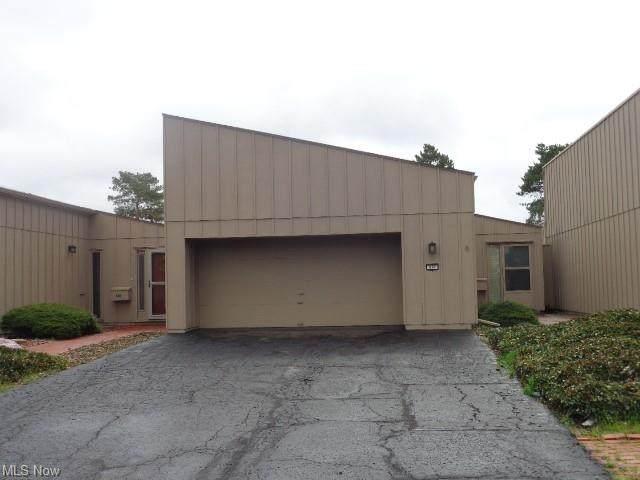637 Tampico Court 4-4, Berea, OH 44017 (MLS #4269638) :: Keller Williams Chervenic Realty