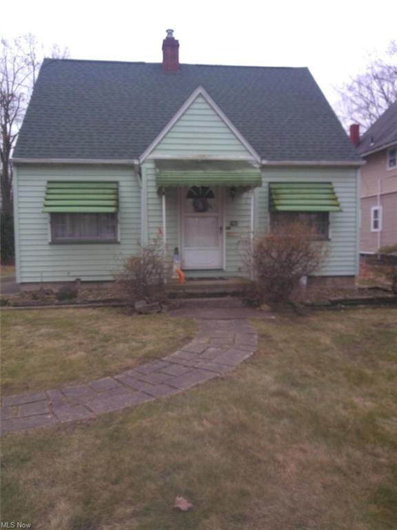185 Maywood Drive, Youngstown, OH 44512 (MLS #4270193) :: RE/MAX Trends Realty