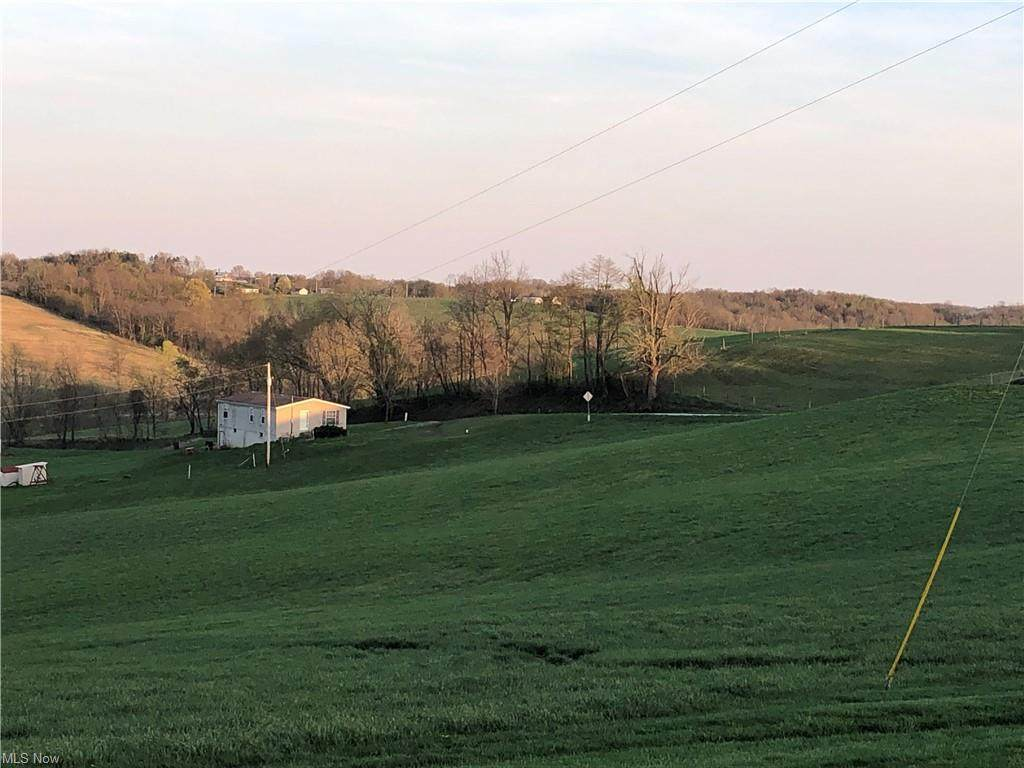 Township Road 194 - Photo 1