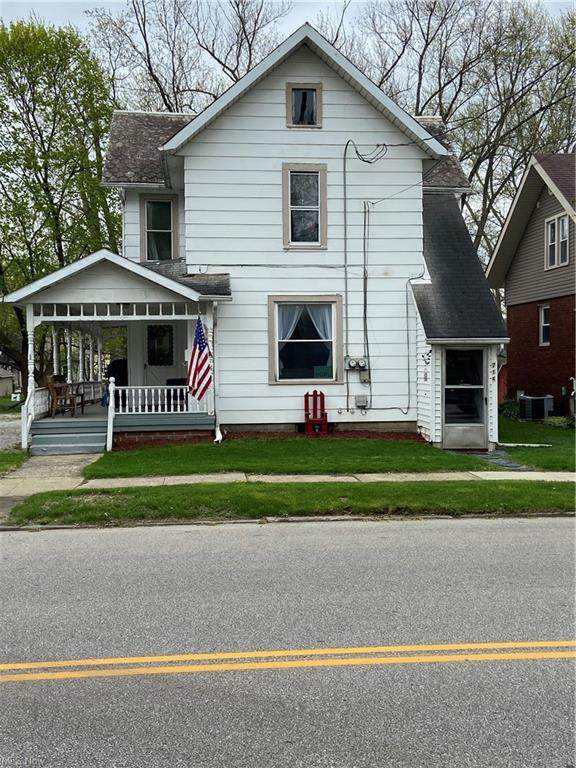 714 W Market, Orrville, OH 44667 (MLS #4270881) :: The Jess Nader Team | RE/MAX Pathway