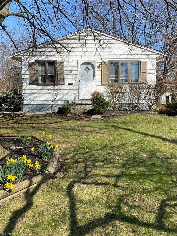2859 Unclmorse Avenue, Akron, OH 44314 (MLS #4271419) :: The Holly Ritchie Team