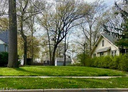 1606 E 337th Street, Eastlake, OH 44095 (MLS #4271528) :: RE/MAX Edge Realty