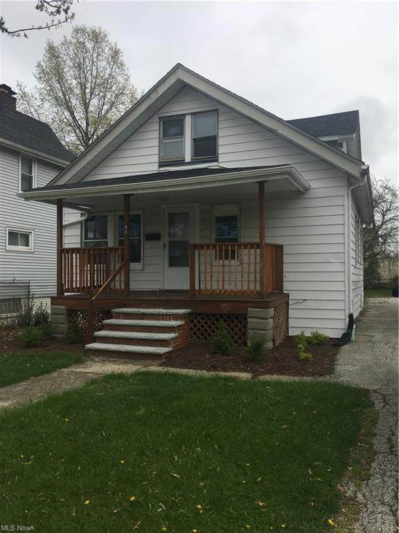 1451 E 195th Street, Euclid, OH 44117 (MLS #4271732) :: Select Properties Realty