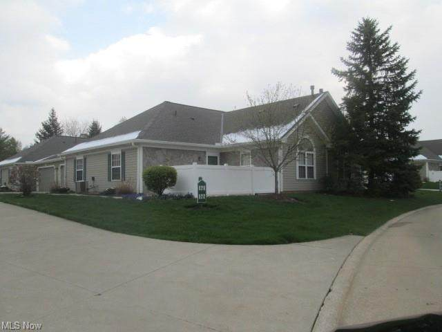8212 Cyrus Lane, Northfield, OH 44067 (MLS #4272752) :: Keller Williams Legacy Group Realty