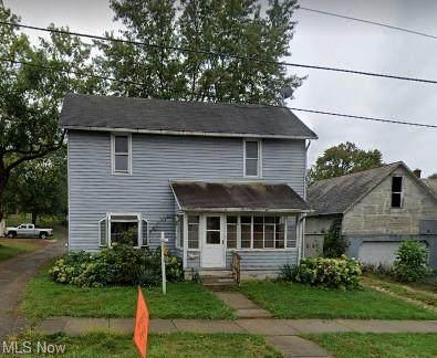 185 E 6th Street, Salem, OH 44460 (MLS #4273752) :: Tammy Grogan and Associates at Keller Williams Chervenic Realty