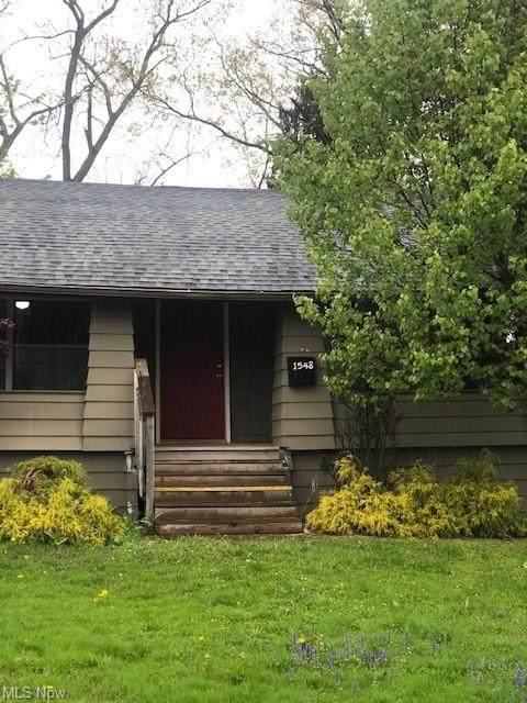 1548 Biltmore Road, Lyndhurst, OH 44124 (MLS #4276200) :: Keller Williams Chervenic Realty
