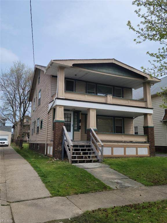 11520 Headley Avenue, Cleveland, OH 44111 (MLS #4277928) :: The Kaszyca Team