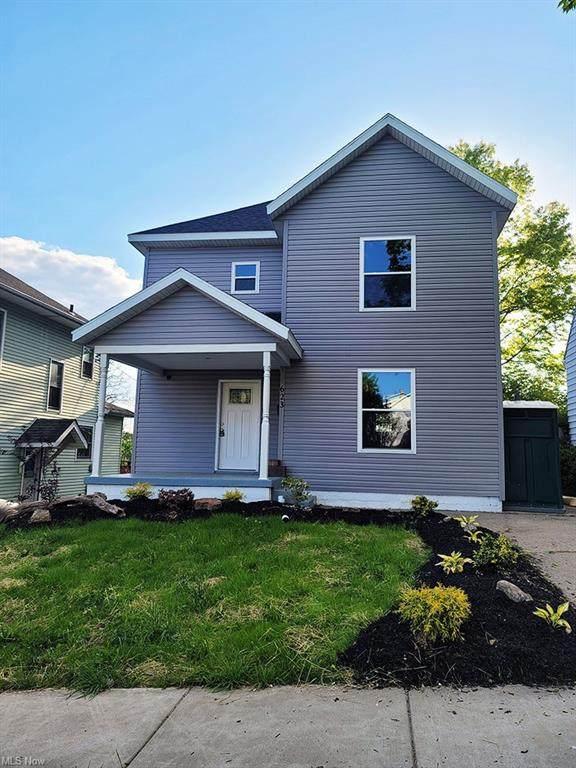 623 N 5th Street, Cambridge, OH 43725 (MLS #4279365) :: Tammy Grogan and Associates at Keller Williams Chervenic Realty