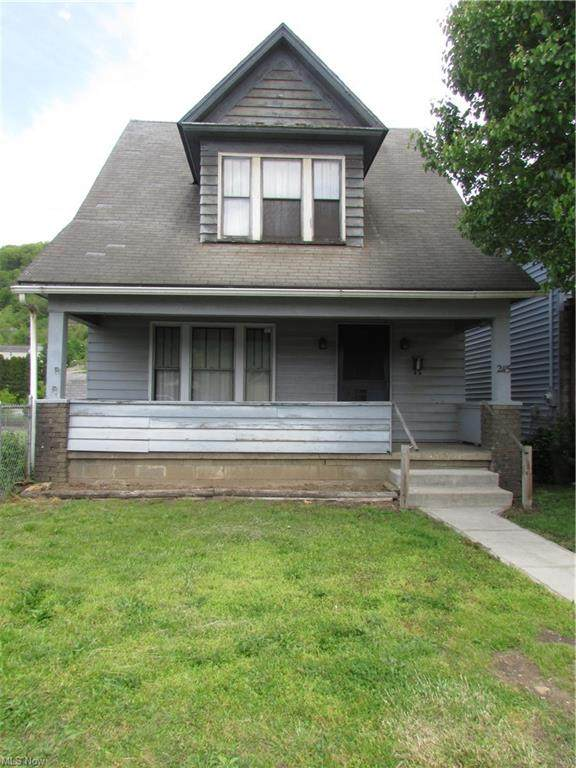 2115 Michigan Avenue, East Liverpool, OH 43920 (MLS #4279448) :: Select Properties Realty