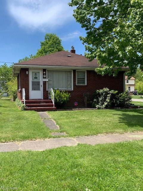615 Orange Street, Conneaut, OH 44030 (MLS #4279821) :: RE/MAX Trends Realty