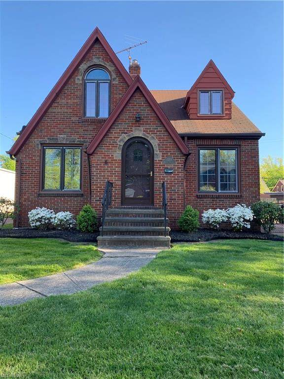 15701 Norway Avenue, Cleveland, OH 44111 (MLS #4280021) :: The Jess Nader Team | RE/MAX Pathway