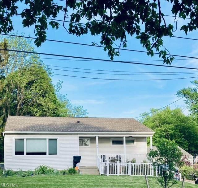 109 Eastholm Avenue, Akron, OH 44312 (MLS #4280455) :: Tammy Grogan and Associates at Keller Williams Chervenic Realty