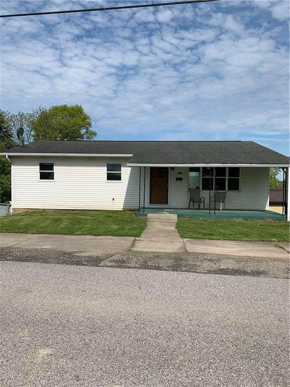 113 Adams, Woodsfield, OH 43793 (MLS #4281781) :: The Holden Agency