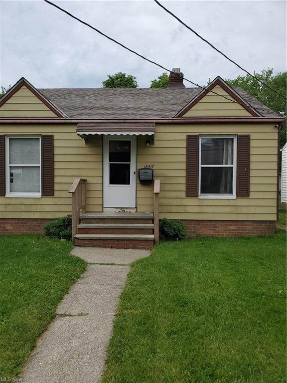 13417 Crossburn Avenue, Cleveland, OH 44135 (MLS #4282384) :: The Holden Agency
