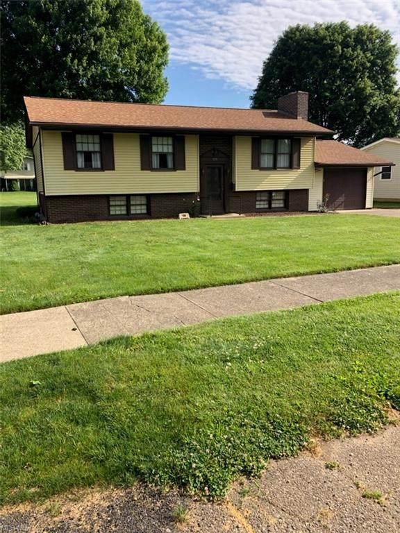 729 Baker Avenue NW, New Philadelphia, OH 44663 (MLS #4284277) :: TG Real Estate