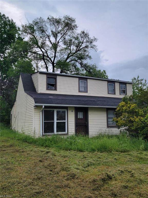 3771 E 147th Street, Cleveland, OH 44128 (MLS #4284455) :: Select Properties Realty