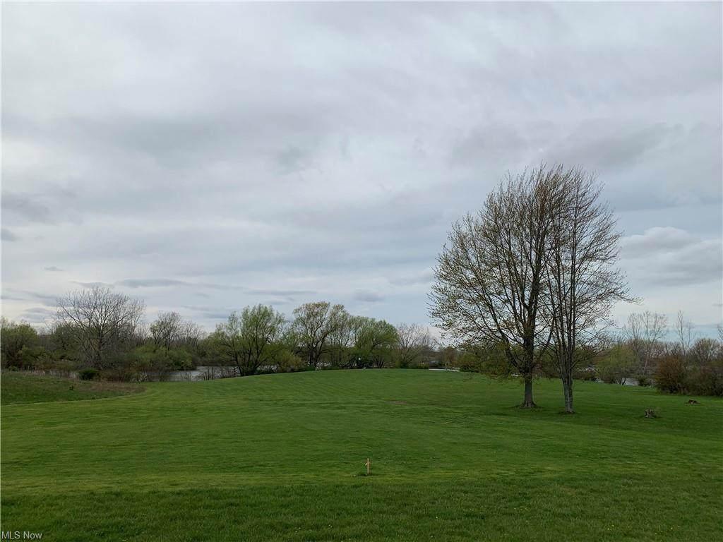 289 Eastlake Drive - Photo 1