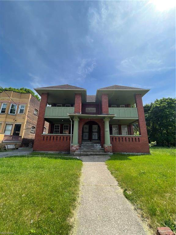 10730 Orville Avenue, Cleveland, OH 44106 (MLS #4285944) :: The Holden Agency
