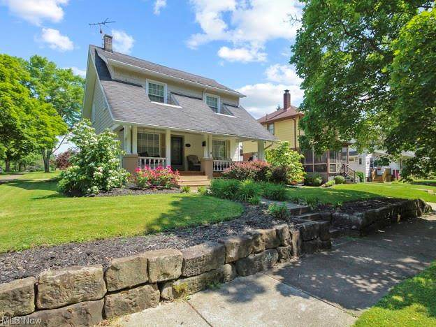 403 E 5th Street, McDonald, OH 44437 (MLS #4287347) :: TG Real Estate