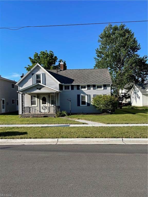 994 Chestnut Street, Grafton, OH 44044 (MLS #4290003) :: The Crockett Team, Howard Hanna