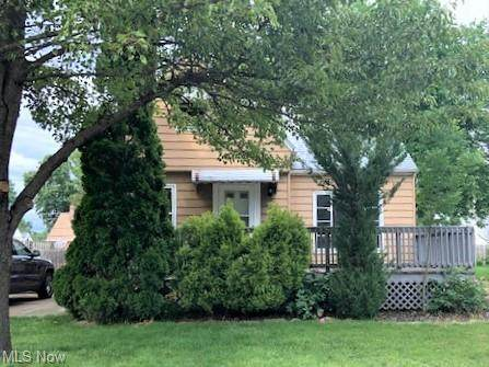 481 E 326th Street, Willowick, OH 44095 (MLS #4290426) :: The Jess Nader Team | RE/MAX Pathway
