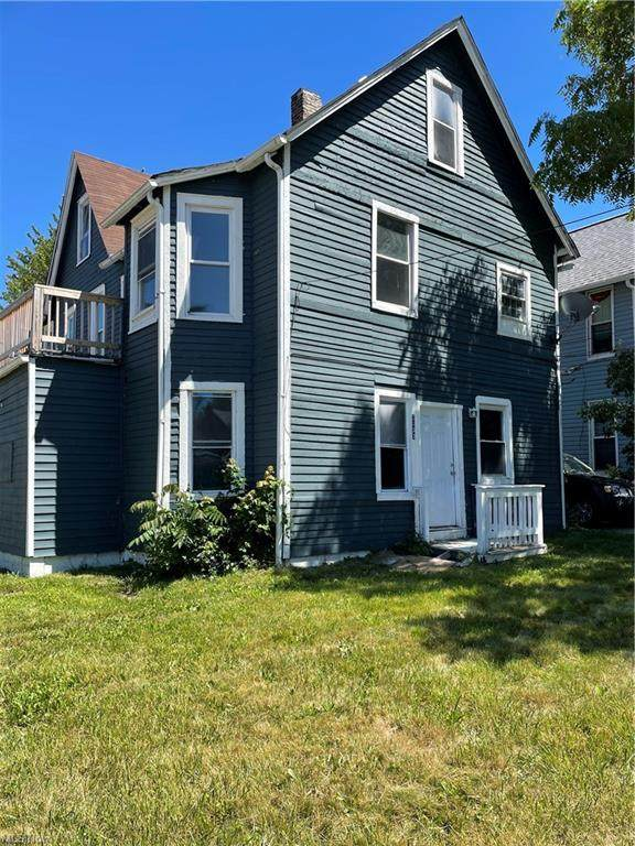 2033 W 98th Street #3, Cleveland, OH 44102 (MLS #4291009) :: Tammy Grogan and Associates at Keller Williams Chervenic Realty