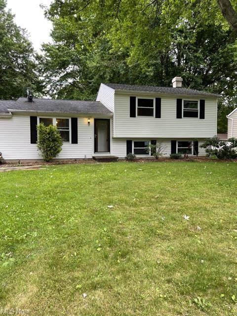 428 Manhattan Parkway, Painesville Township, OH 44077 (MLS #4291174) :: Tammy Grogan and Associates at Keller Williams Chervenic Realty