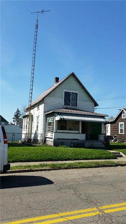 2424 11th Street SW, Canton, OH 44710 (MLS #4291205) :: Tammy Grogan and Associates at Keller Williams Chervenic Realty