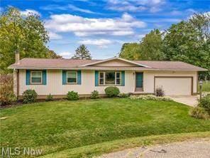2803 Lynne Road, Akron, OH 44312 (MLS #4291439) :: Tammy Grogan and Associates at Keller Williams Chervenic Realty