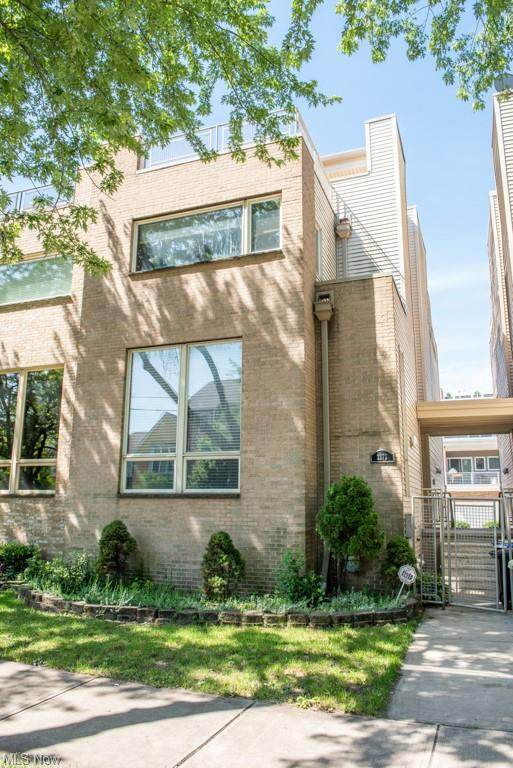 2272 W 5th Street, Cleveland, OH 44113 (MLS #4291526) :: The Holly Ritchie Team