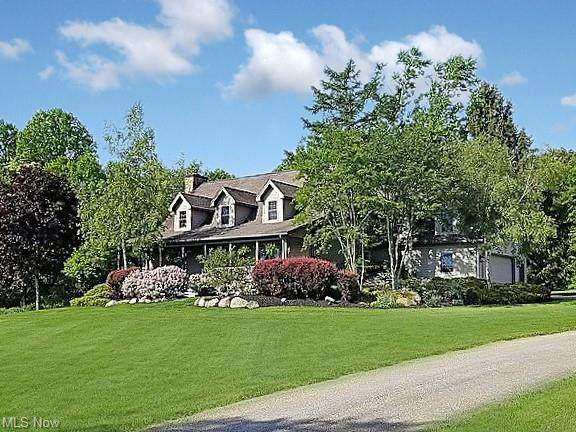 44837 Crestview Road, Columbiana, OH 44408 (MLS #4295227) :: The Holly Ritchie Team