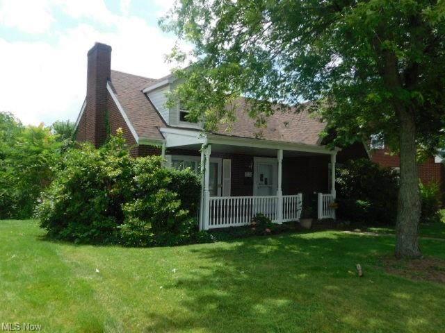 4526 Sunset Boulevard, Steubenville, OH 43952 (MLS #4296961) :: TG Real Estate