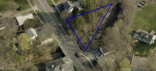 210 Elyria Street, Lodi, OH 44254 (MLS #4298596) :: Keller Williams Chervenic Realty