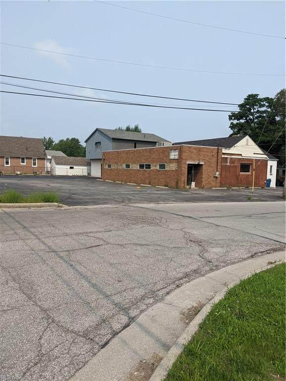 2089 North Ridge Road, Lorain, OH 44055 (MLS #4300476) :: The Art of Real Estate
