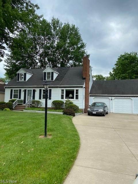 14145 Shawnee Trail, Middleburg Heights, OH 44130 (MLS #4302479) :: Keller Williams Chervenic Realty
