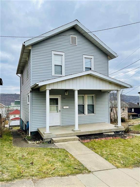 132 Garfield Avenue, Mingo Junction, OH 43938 (MLS #4302501) :: Keller Williams Chervenic Realty