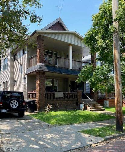 2902 E 119th Street, Cleveland, OH 44120 (MLS #4302589) :: RE/MAX Edge Realty
