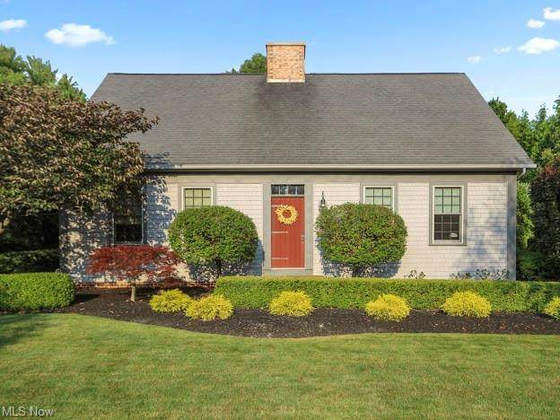 45 Elizabeth Place, Canfield, OH 44406 (MLS #4303715) :: The Holden Agency
