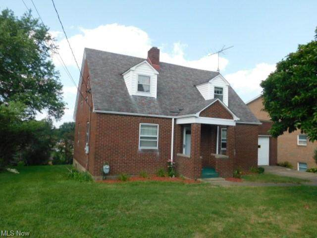255 Ritchie Ave, Weirton, WV 26062 (MLS #4303921) :: The Art of Real Estate