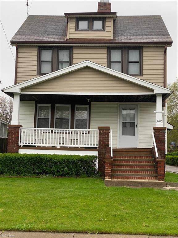 3705 Pershing Avenue, Parma, OH 44134 (MLS #4304139) :: Simply Better Realty