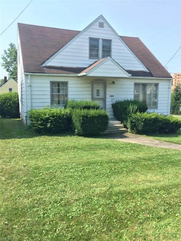 12602 Mccracken Road, Garfield Heights, OH 44125 (MLS #4304751) :: The Jess Nader Team   REMAX CROSSROADS